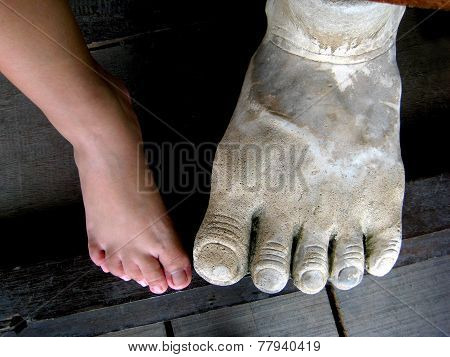 Big and small feet