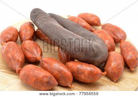 sausage and blood sausage (chorizo y morcilla)