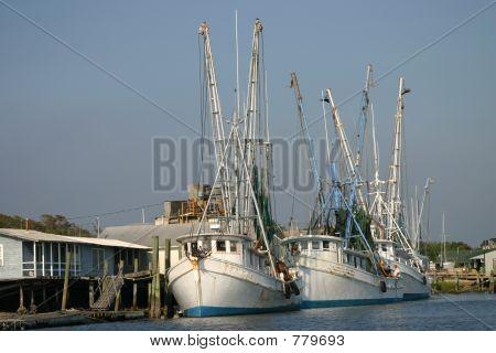 three shrimpboats