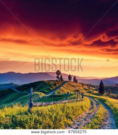 Fantastic morning mountain landscape. Overcast colorful sky. Carpathian, Ukraine, Europe. Beauty world.