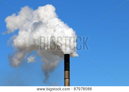 Air pollution from an industrial chimney