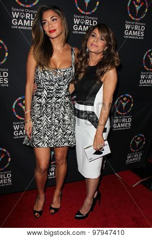 LOS ANGELES - JUL 31: Nicole Scherzinger, Paula Abdul at the Special Inaugural Dance Challenge at the Wallis Annenberg Center For The Performing Arts on July 31, 2015 in Beverly Hills, CA