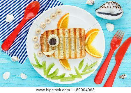 Fun food art for kids creative sandwich like a goldfish