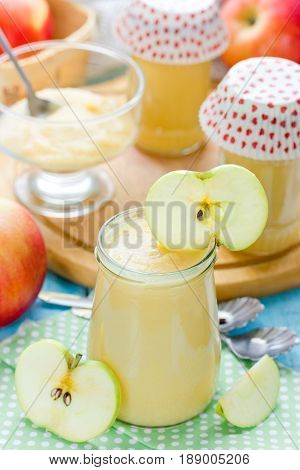Healthy organic applesauce (apple puree mousse baby food sauce)