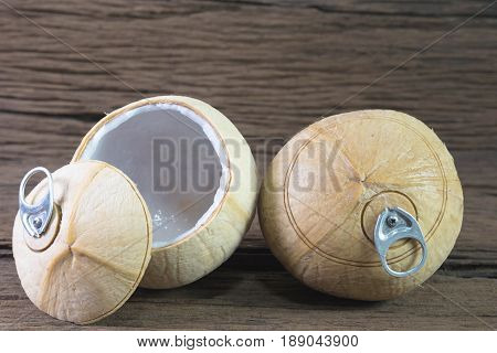 Fresh Coconut Drink, Coconut With Pull Ring