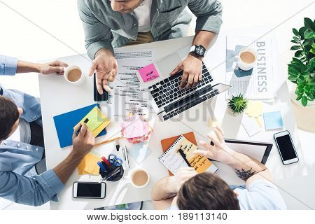 casual businessmen working on new project at modern office business teamwork