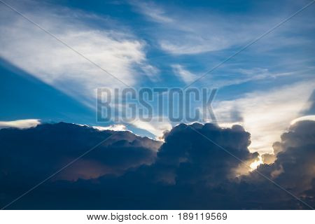 beautiful sunray and cloud with blue sky background
