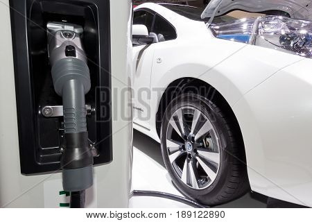 Nissan Leaf Charger