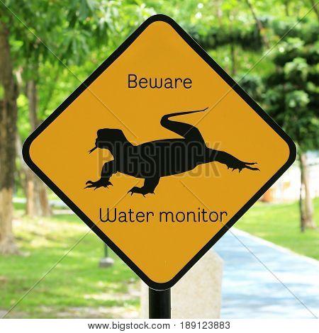 Animal Warning Sing