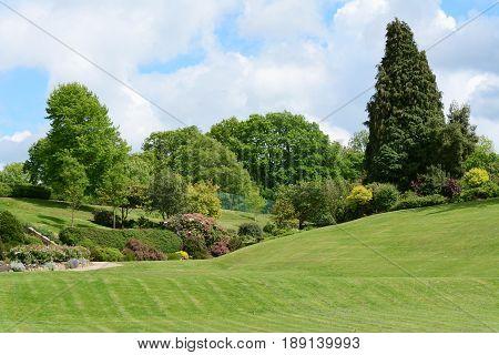 Calverley Grounds - Picturesque Public Park In Tunbridge Wells