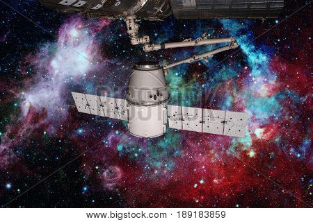 Spacex Dragon Orbiting The Planet Earth.