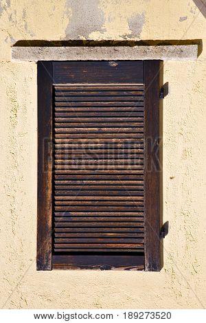 Window  Varese Italy Abstract        Venetian Blind  Concrete  Brick