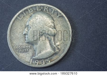 A Quarter American Dollar 1935 Usa Head Coin, Vintage Antique Old, Difficult And Rare To Find. Washi