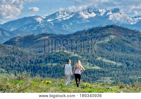 Friends hiking in mountains. Cascade Mountains. North Cascades National Park. Winthrop. Seattle. Washington. United States.