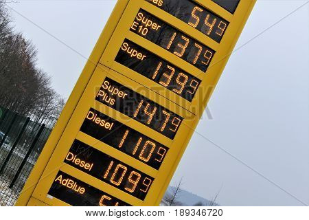 An image of an gas price tower