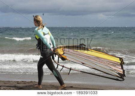 Preparada para efectuar su salida a la mar