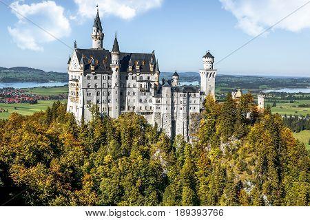 Autumn view on Neuschwanstein castle. Bavaria, Germany