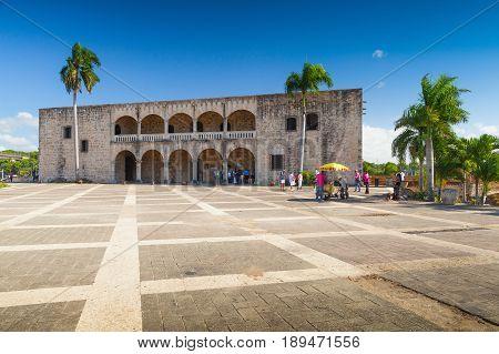 Columbus Alcazar, Santo Domingo
