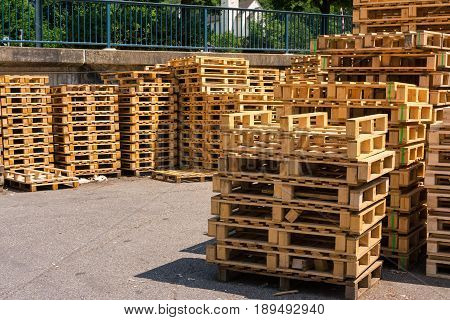 Wooden Palettes Industrial Usage Stack Closeup Factory Company Storage Empty