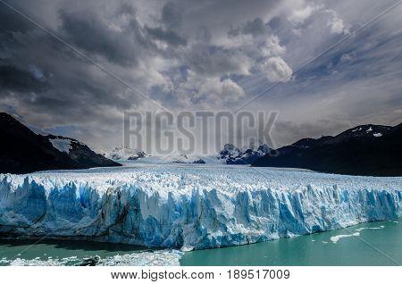 Wide angle shot of the perito moreno glacier in Argentina.