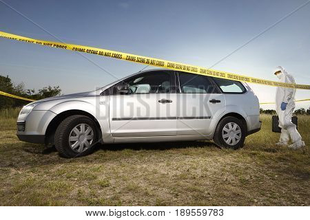 Crime scene investigation - collecting of evidences and traces around car
