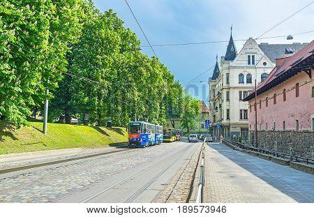 Pidvalna Street In Lvov
