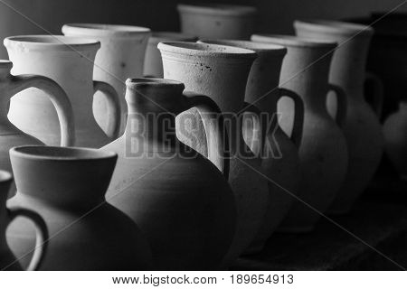Clay pots and vases of different sizes