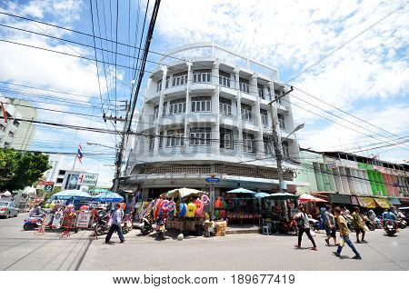 Local Street Outside The Mae Klong Market