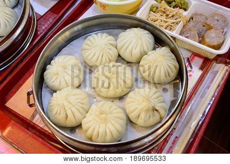 The dog ignore baozi originated in the Chinese city of tianjin, is the national famous han traditional flavor snack