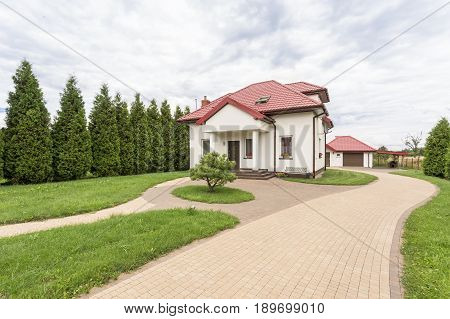Big House With Beautiful Garden
