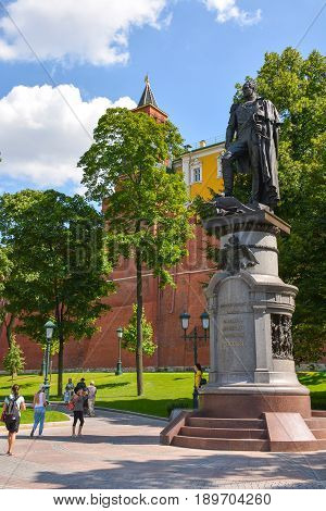 Russia, Moscow, Mary 27, 2017. Monument to Emperor Alexander in Alexander Garden