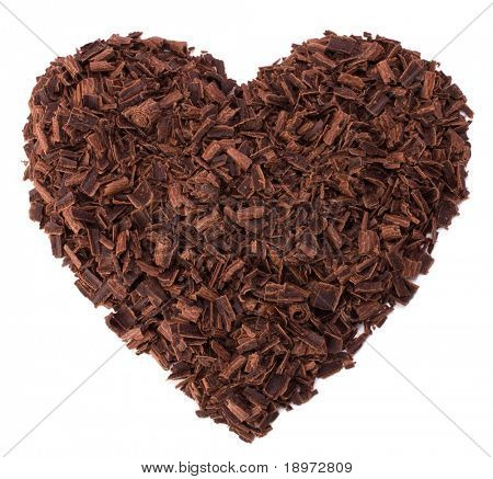 chocolate corazón aislado en blanco