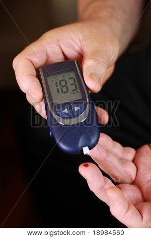 Blutzucker-Test - Diabetische person