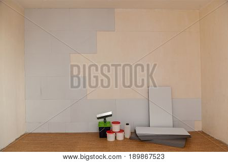 isolating panels for the economy of heat building materials for repair of houses and apartments