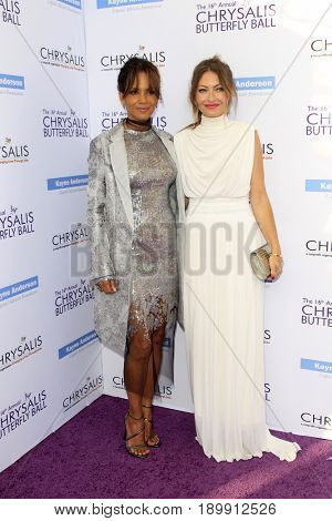LOS ANGELES - JUN 3:  Halle Berry, Rebbeca Gayheart at the 16th Annual Chrysalis Butterfly Ball at the Private Estate on June 3, 2017 in Los Angeles, CA