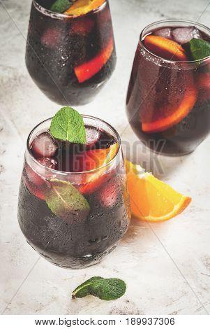 Traditional Spanish Cocktail, Tinto De Verano