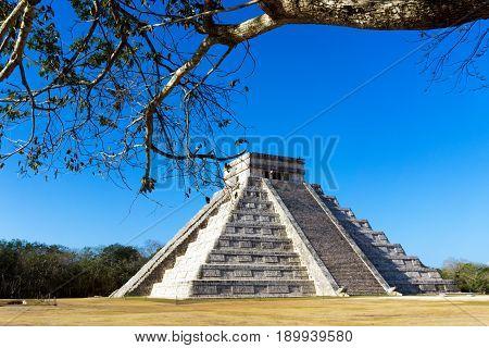 Temple of Kulkulkan also known as El Castillo in Chichen Itza Mexico