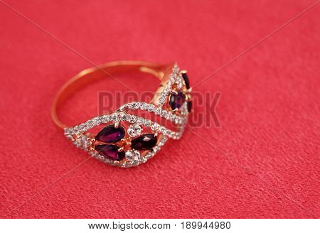 Elegant jewelry ring with ametyst and diamonds