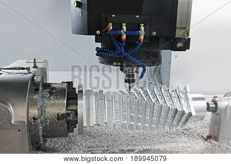 Processing of complex parts of metal on the CNC machine