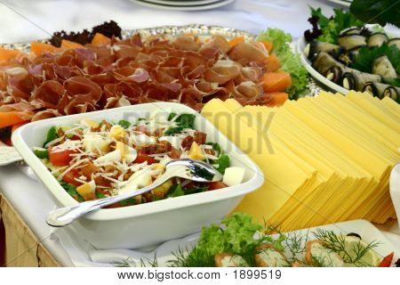 Salad And Tablecloths