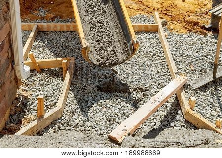 Concrete Workers Are Concreted Approach To Building
