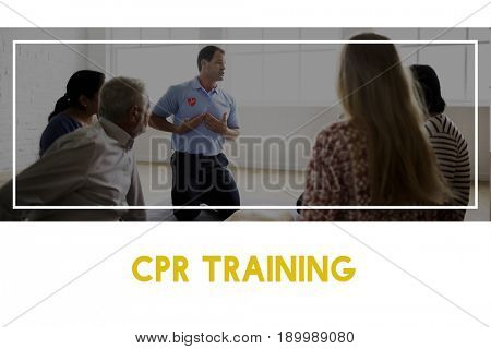 CPR first aid training paramedic education class
