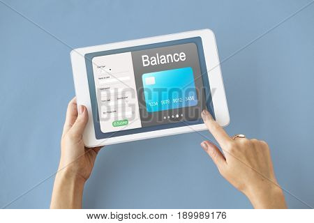 Convergence life online shopping on digital tablet