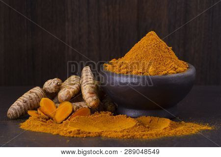 Turmeric Powder And Roots