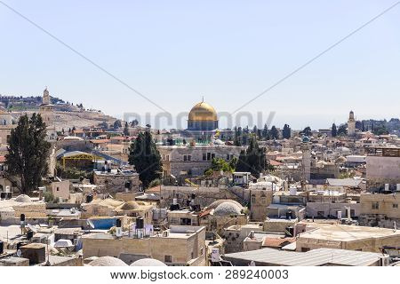 Jerusalem, Israel, March 09, 2019 : View From The City Wall Near The Damascus Gate On The Temple Mou