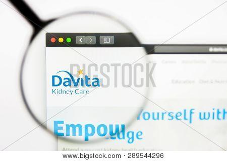 Los Angeles, California, Usa - 13 March 2019: Illustrative Editorial, Davita Website Homepage. Davit
