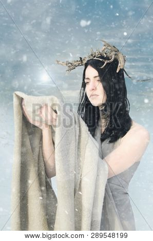 Portrait Of The Yoing Woman Snow Queen