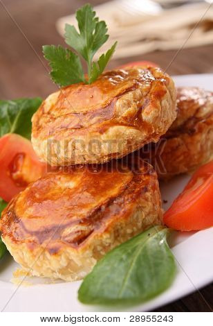 appetizer, baked puff with vegetables