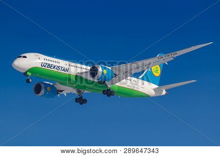 Moscow, Russia - March 14, 2019: Aircraft Boeing 787-8 Dreamliner Uk78701 Of Uzbekistan Airways Goin
