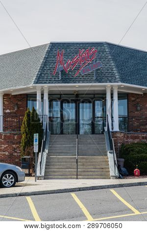 Bordentown, Nj - March 11, 2019: Mastoris Diner Is A